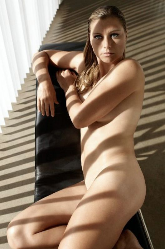 Seven Women Tennis Players Who Posed Nude-9509