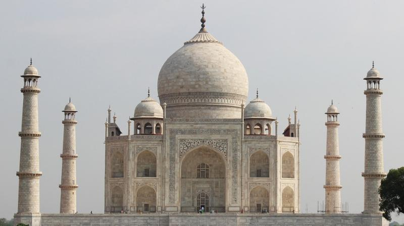 The Taj Mahal, one of India's most cherished tourist attractions, brings millions of visitors to Agra every year. (Photo: Pixabay)