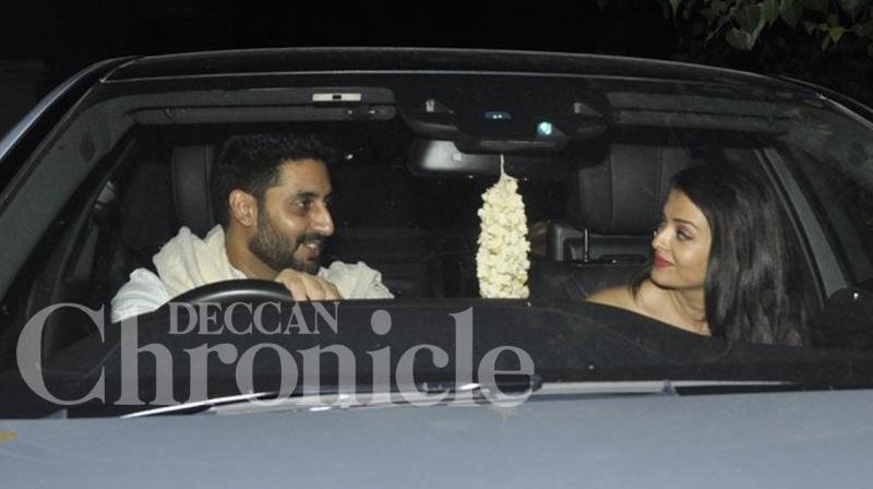 Abhishek Bachchan and Aishwarya Rai Bachchan were photographed after catching a special screening of 'Sarbjit' on Sunday evening. Photo: Viral Bhayani