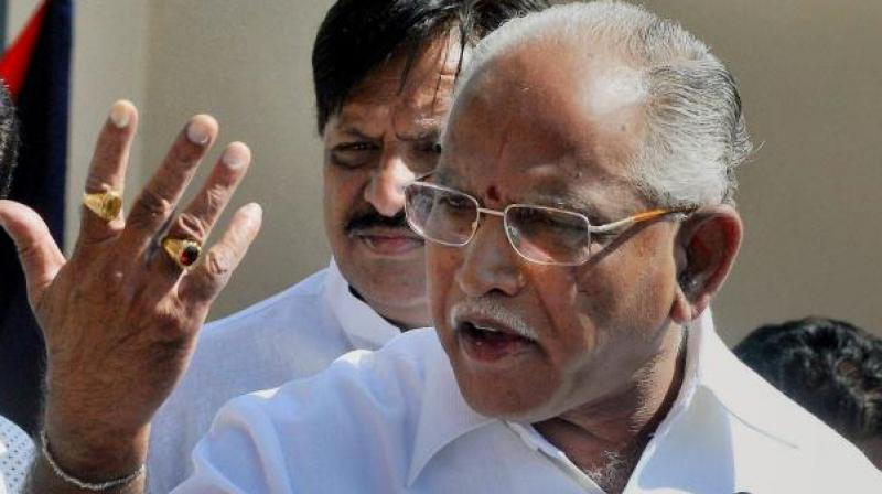 B S Yeddyurappa shared the dais with heads of 'Pancha Peethas' and scores of other seers opposed to the distinction between Veerashaivas and Lingayats, at Davangere on Wednesday.