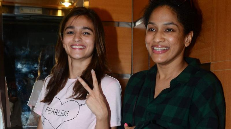Alia Bhatt let her tee shirt do the talking at the special screening of 'Udta Punjab' on Monday night. Photo: Viral Bhayani