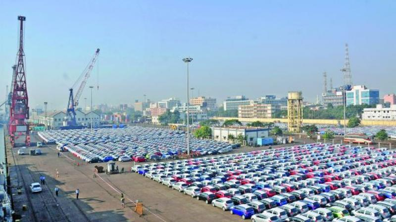 Dwindling foreign reserves have forced the government to curb vehicle imports by imposing higher taxes. (Photo: DC)