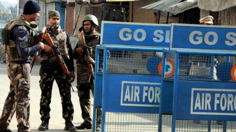Security personnel on guard at Pathankot airforce station (Photo: PTI)