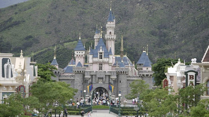 In 2005, Disney opened a theme park in Hong Kong, the former British colony that is now a special administrative region of China (Photo: AFP)
