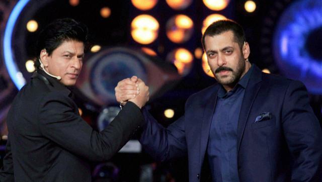 Shah Rukh Khan and Salman Khan on the 'Bigg Boss 9' sets.