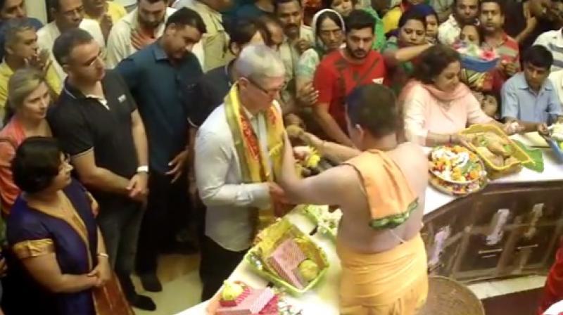 Apple CEO Tim Cook at Siddhivinayak Temple in Mumbai.