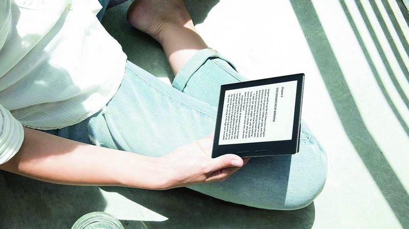 The app has an integrated dictionary and access to more than 5 million eBooks