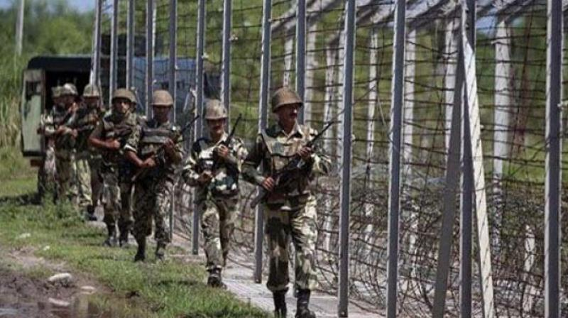 File image of Indian Army jawans patrolling the border (Photo: PTI)
