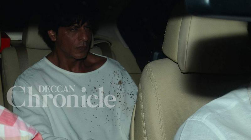 Director Karan Johar held a grand Saturday night bash at his residence and called on some of his closest friends from the industry to join him. One of the esteemed guests at the bash included Bollywood badshah Shah Rukh Khan. Photo: Viral Bhayani
