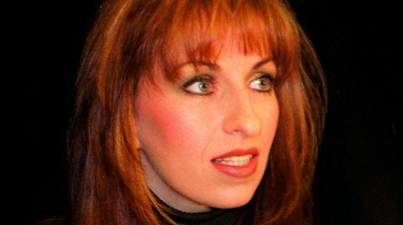a look at kennir starrs expensive project to investigate the life of paula jones Paula jones when the clinton-lewinsky story broke in january 1998, jones was given more encouragement to proceed with her lawsuit her attorneys issued a subpoena seeking lewinsky's testimony in jones's sexual harassment suit against the president.