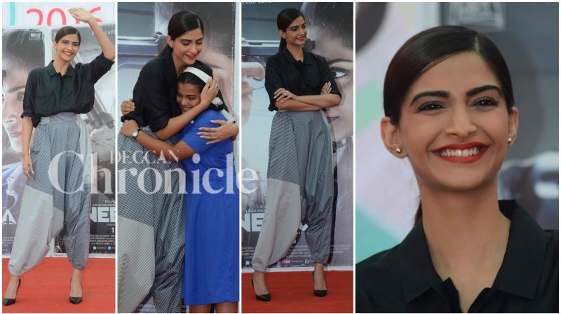 Bollywood actress Sonam Kapoor is leaving no stone unturned with the promotions of her upcoming film 'Neerja'. The actress visited a reputed college in Mumbai to promote her film. (Photo: Viral)
