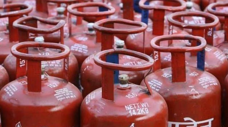 The government has started transferring the LPG subsidy directly into bank accounts of the beneficiaries, thereby eliminating duplication and fake users. (photo: file)