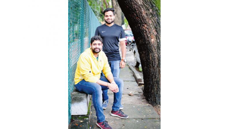 These two city based men have started a letter writing company