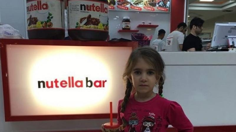 places called Nutella Bar have recently been spreading in Tehran. (Photo: Twitter/Natalie Amiri)