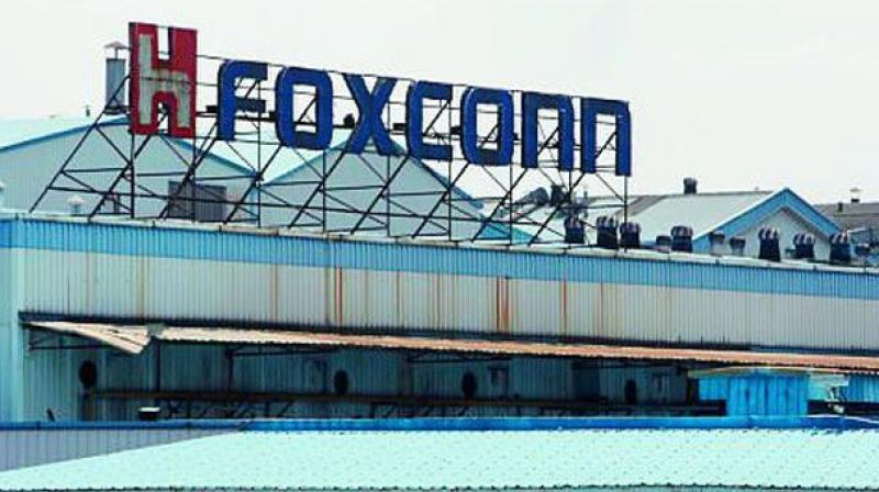 foxconn to begin making mobiles at navi mumbai plant from august