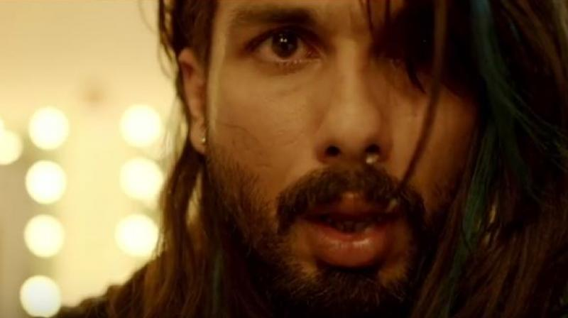 A still of Shahid Kapoor from Udta Punjab