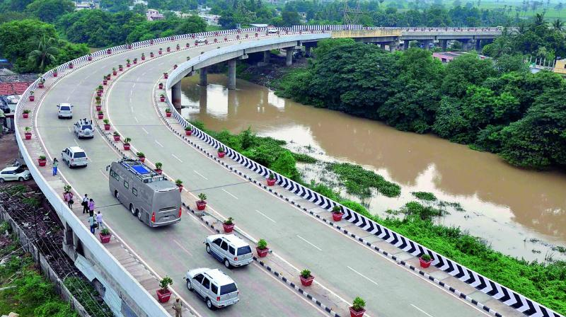 The Chief Minister's convoy on the new inner ring road flyover at Ramacarappadu soon after it was inaugurated on Wednesday. (Photo: DC)