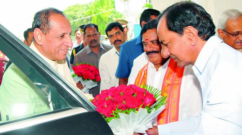 Chief Minister K. Chandrasekhar Rao receives Governor E.S.L Narasimhan as he arrives to address the joint session of the TS Legislature on Thursday. (Photo: DC)