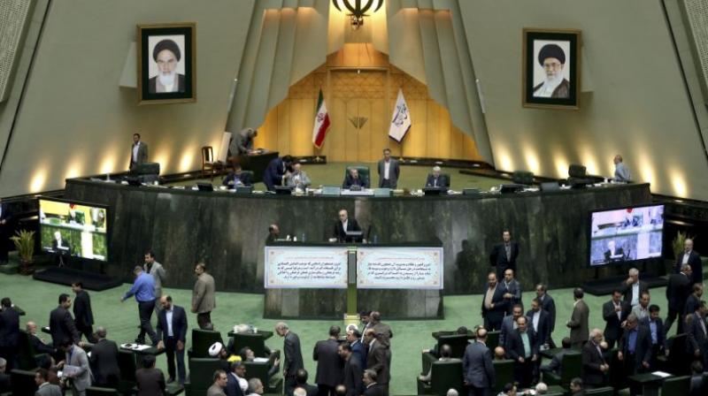 iran-to-grant-citizenship-to-families-of-foreign-martyrs