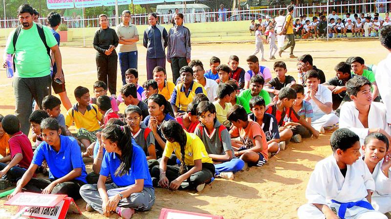 Working parents are ready to spend huge money so that their kids take part in a summer camp.(Photo:Representational Image))