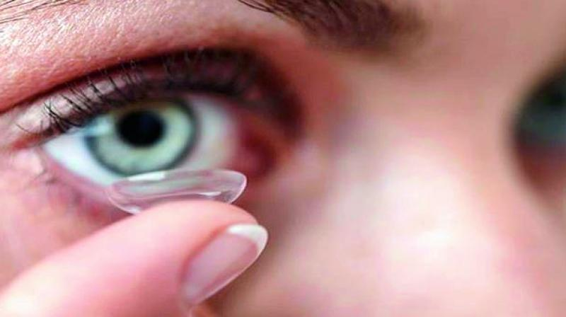 'Contact lenses source of microplastic pollution'