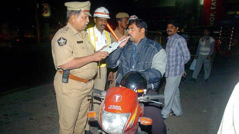 50 per cent traffic challan cut on offer in Hyderabad
