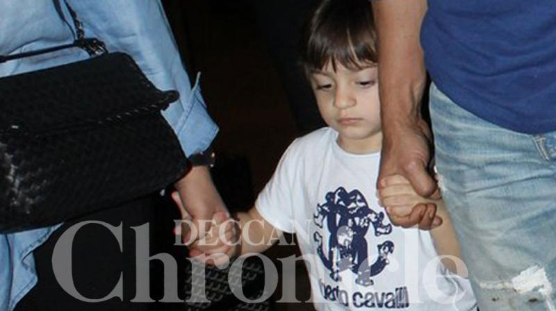 AbRam Khan stole the spotlight from his superstar dad Shah Rukh Khan at the Mumbai airport on Wednesday night. Photo: Viral Bhayani