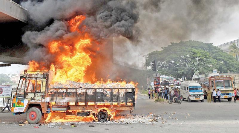 Hyderabad Don T Telecast Karnataka Tamil Nadu Clashes