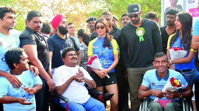 Narsing with Tollywood stars stars Rana, Shriya and Sanjjana at a WOW promotion