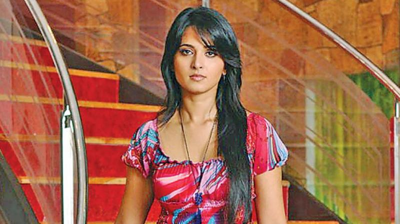 We hear that either Anushka or Hansika will be seen romancing Lawrence in the film.