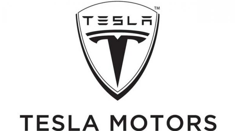 Ex-Tesla worker makes it official and blows the whistle to SEC