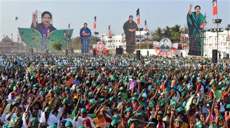 Jayalalitha was leading by over 5,000 votes in RK Nagar in the city against her nearest rival Shimla Muthuchozhan of DMK. (Photo: PTI)