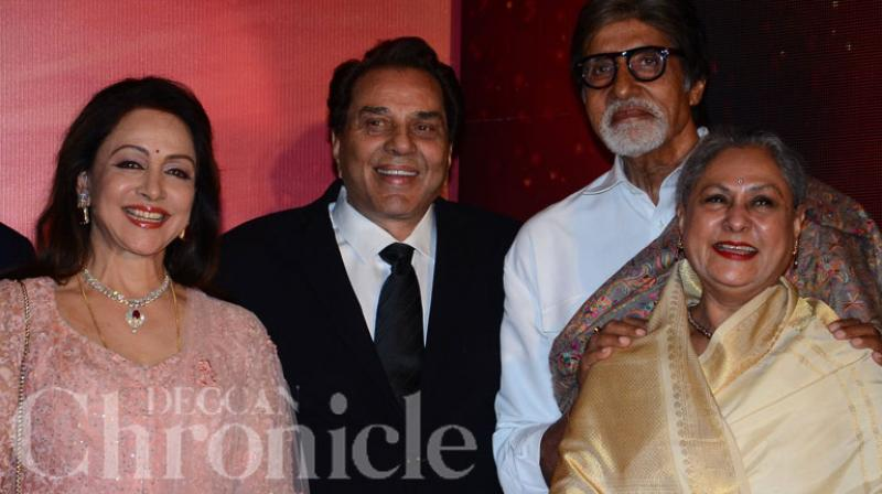 Forty years after the cult flick 'Sholay' hit theatres, the leading actors Amitabh Bachchan, Jaya Bachchan, Dharmendra and Hema Malini reunited at a song launch event in Mumbai. Photo: Viral Bhayani