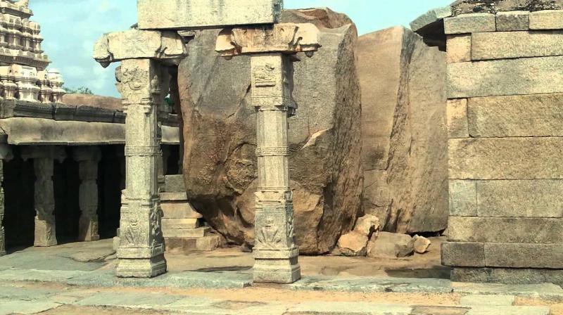 Lepakshi Temple (Photo: youtube)