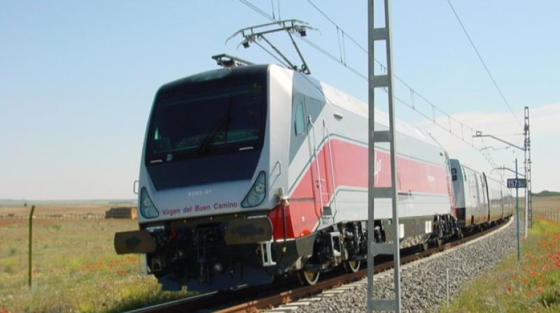 The nine-coach Talgo train consists of two Executive Class cars, four Chair Cars, a cafeteria, a power car and a tail-end coach for staff and equipment. (Photo: Talgo.com)
