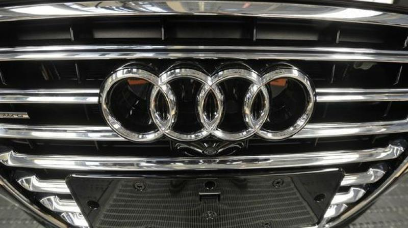 Hyderabad Fake Doctor Flees With Audi After Test Drive - Buy an audi