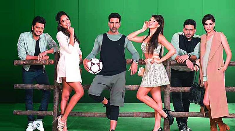 Housefull 3 gets 5 major cuts from cbfc for Farcical hindi