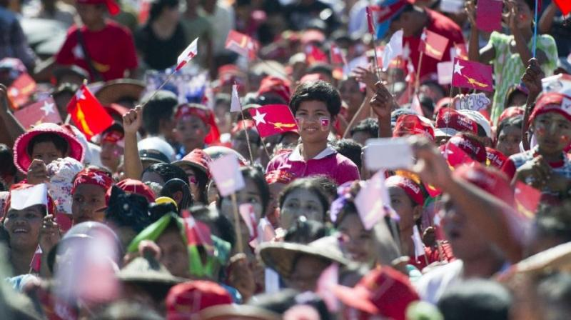 Supporters attend a campaign rally of Aung San Suu Kyi in the city of Thandwe in Rakhine State. (Photo: AFP)