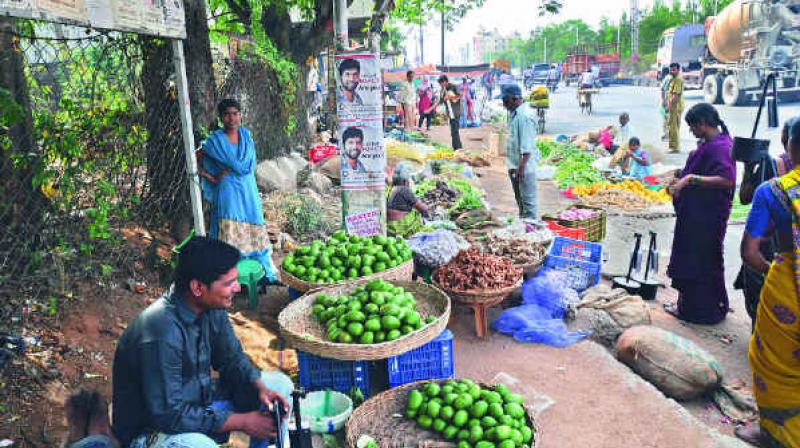 The court, which fixed the matter for September 28, said the authorities should not evict, disturb or harass any street vendor in New Delhi. (Photo: Representational Image)