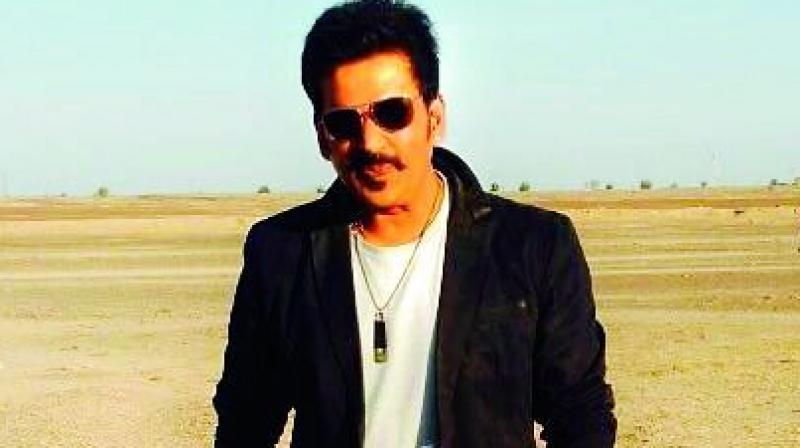 Ravi Kishan was injured in Jaisalmer.