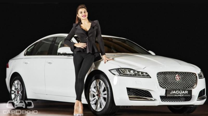 Jaguar hasn't altered the lovely silhouette of the sedan, so it continues to bear a long nose, a sloping roof and a short tail.