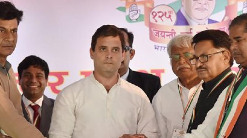 Rahul Gandhi dubbed the JNU row and Patiala House court violence as a blot on India's image and sought President Pranab Mukherjee's intervention. (Photo: PTI)