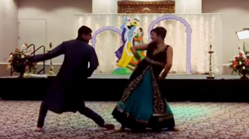 U Tube Wedding Dances.Watch Bride And Brother Pull Of Epic Wedding Dance Routine On