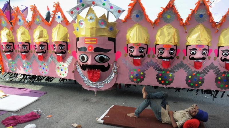 Dussehra: People worship Ravana at Dashanan temple in Kanpur
