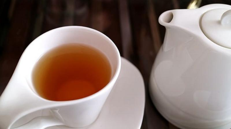 Moderate tea drinkers had a decreased progression of coronary artery calcium and a decreased incidence of cardiovascular events. (Photo: Pixabay)