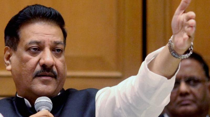 'Farmers consumed poison, hanged themselves and even lit their own pyres. This has never happened earlier, which reflects the gravity of the situation. But the government is not even ready to recognise this,' former CM Prithviraj Chavan said. (Photo: PTI)