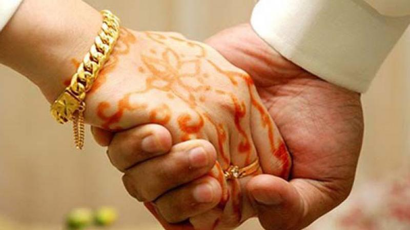 Hindu girl marries childhood Muslim friend in Pakistan, converts to Islam