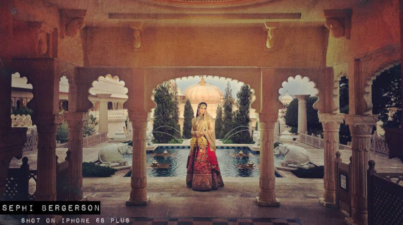 Award-winning photographer Sephi Bergerson recently captured a big fat Indian wedding through the lens of his iPhone. (Photo: Sephi Bergerson Photography/ Facebook)