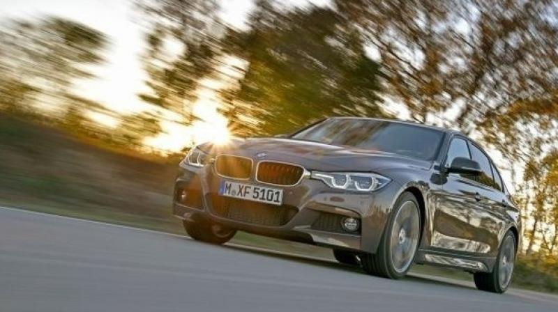 Mobile apps are better to unlock cars, says BMW