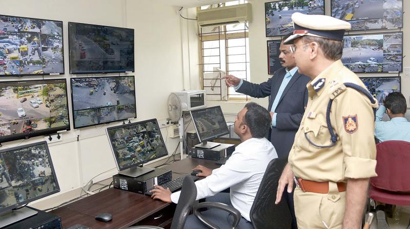 Traffic Control Panels : Bengaluru cops evolve better system traffic signals to